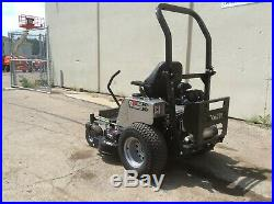 New Carry-Over DIXIE CHOPPER Silver Eagle 2550KW Zero-Turn Riding Mower