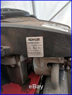 Toro Zero-Turn SS3200 riding lawn mower, blown Kohler 15HP OHV