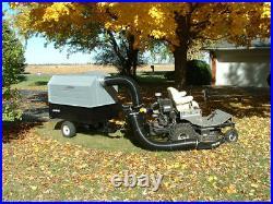 Trac Vac 1060 Zero Turn Mower Bagger Vacuum Pull Behind 11 hp Briggs Engine